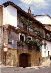 Casa a la entrada de Pasarón
