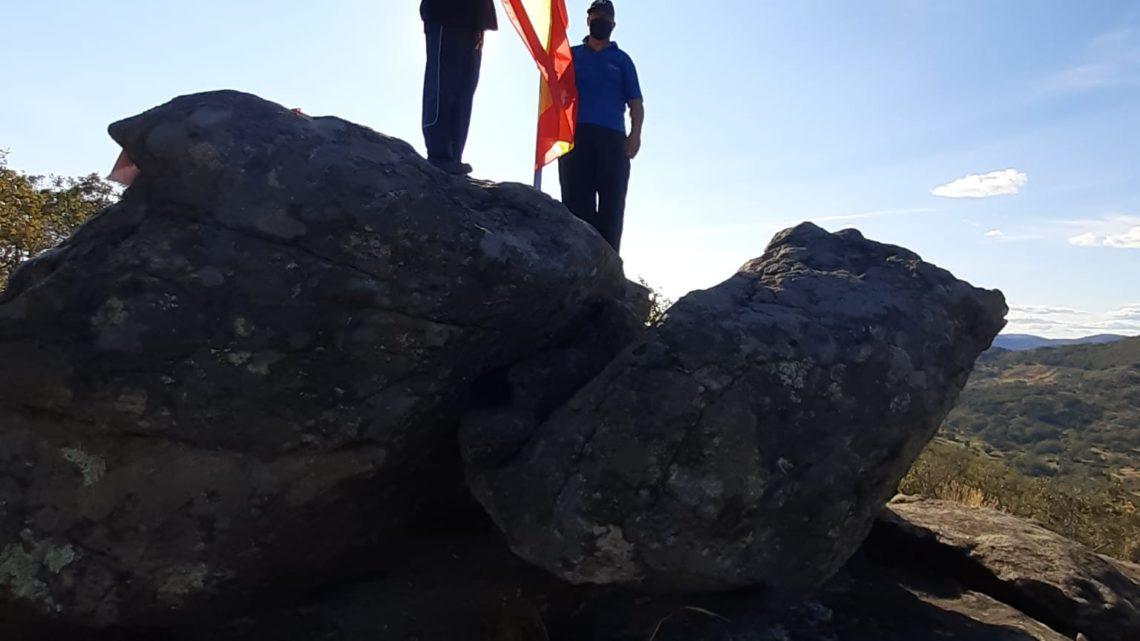 """Renovación de la bandera en el """"Cancho Bandera"""""""